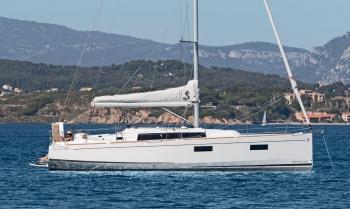 Sail Lyra: 2022 Model Beneteau Oceanis 38.1